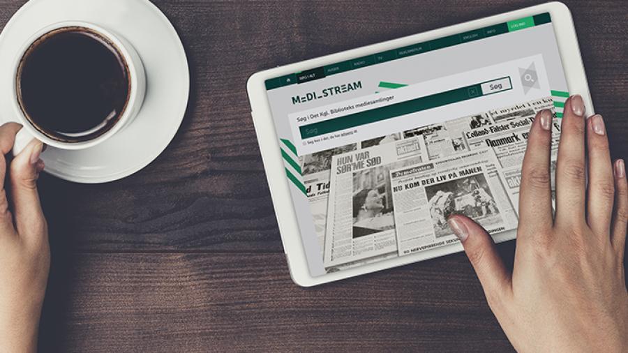 Browser med aviser vist på en tablet